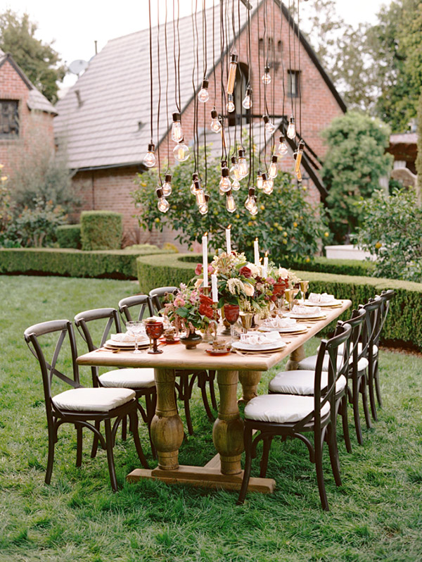 rustic-backyard-wedding-reception-decoration-ideas-with-hanging-lights